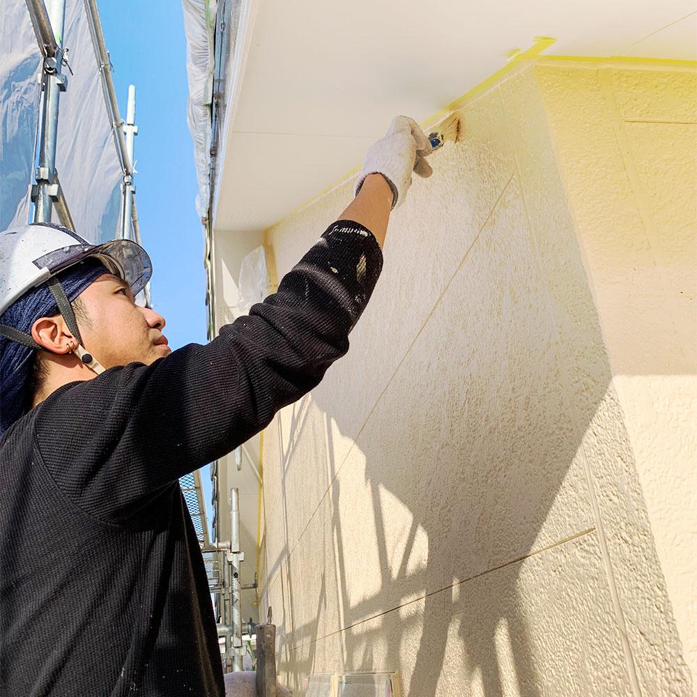 住宅の塗装は上山塗装にお任せください